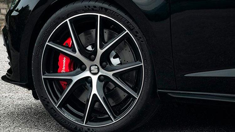 Conoce el nuevo SEAT León ST CUPRA Black Carbon
