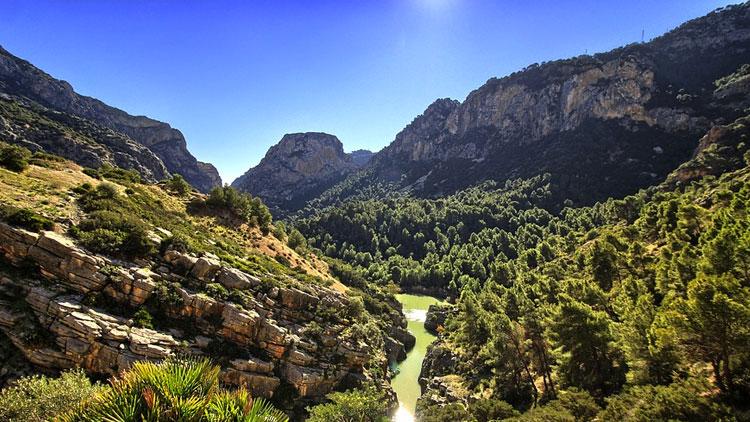 Las mejores rutas por Málaga en otoño
